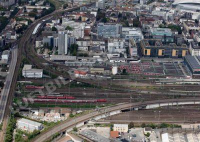 Frankfurt Gallusviertel mit Zügen
