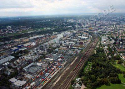 Frankfurt Hafen und Güterbahnhof